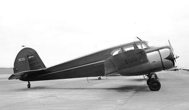 Cessna AT-17